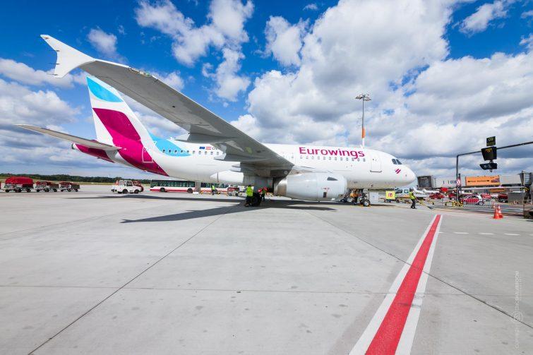 Airplane parked at Gate, Hamburg Airport | © Eric Shambroom Photography
